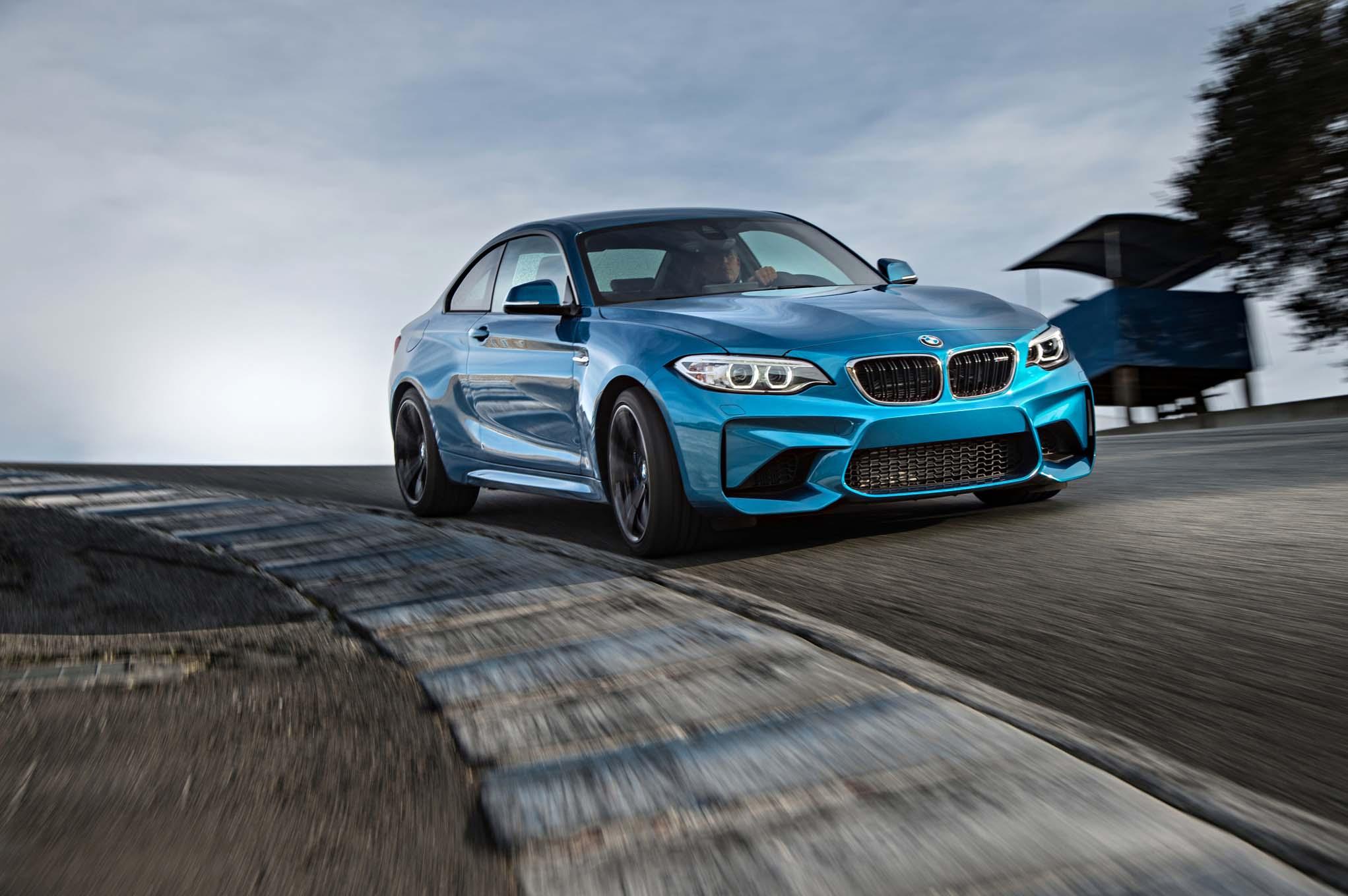 BMW ให้โชคใหญ่ เมื่อซื้อบีเอ็มดับเบิ้ลยูทุกรุ่นวันนี้มีสิทธิได้ลุ้นรับ BMW M2 Coupe 2016