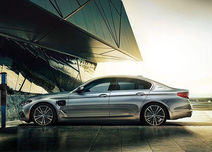 BMW iPerformance รถไฟฟ้ารุ่นใหม่แห่งประวัติศาสตร์วงการรถยนต์